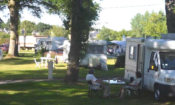 camping municipal la digue. Black Bedroom Furniture Sets. Home Design Ideas