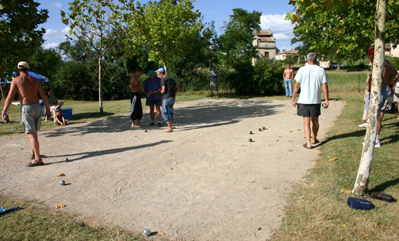 Boules in progress
