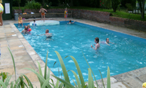 Waveney valley holiday park for Camping sites with swimming pools